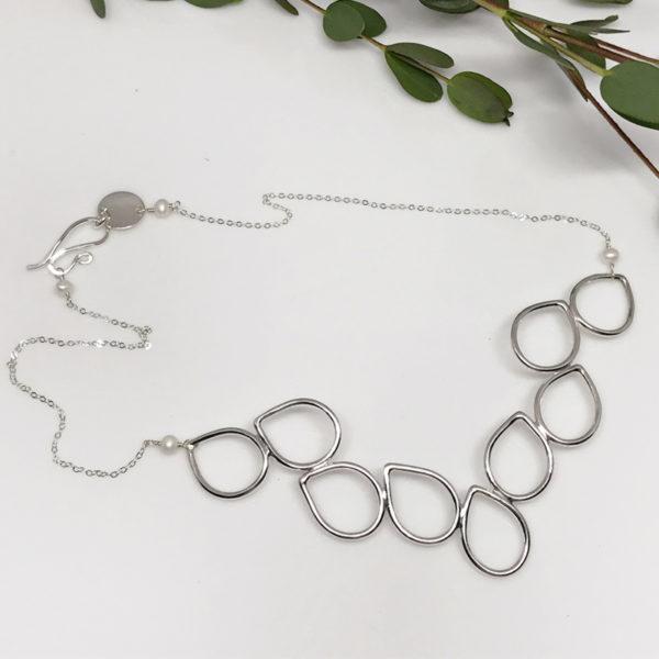 silver dewdrop collar necklace