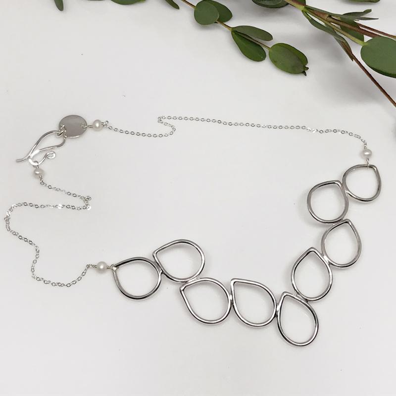 silverdewdropcollarnecklace-597 S