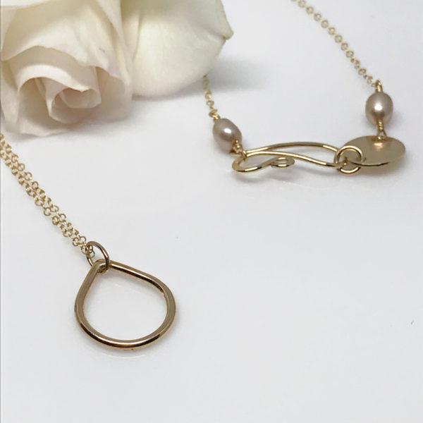 gold dewdrop pendant