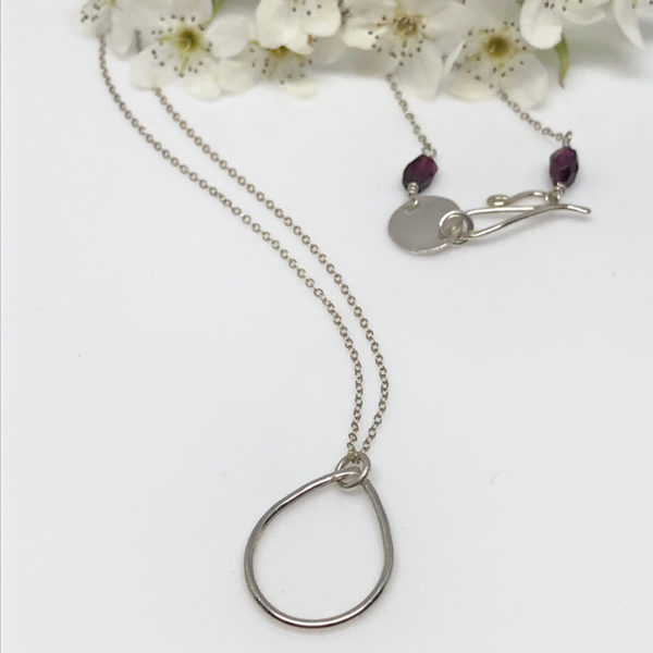 silver dewdrop pendant necklace