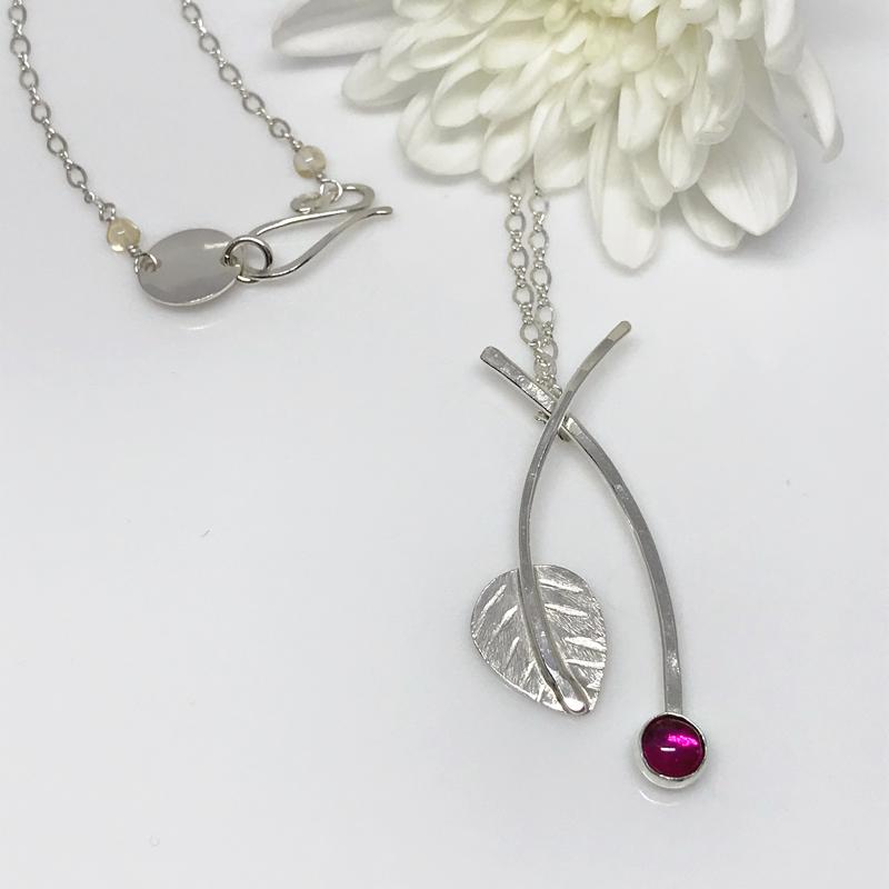 ruby-silver-leaf-pendant