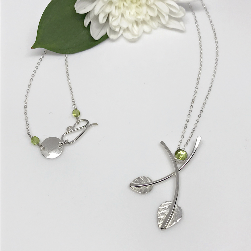 silver-leaf-peridot-necklace