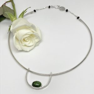 chrome diopside gemstone choker