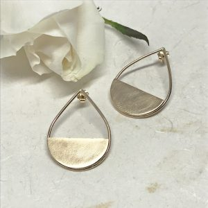 gold teardrop post earrings