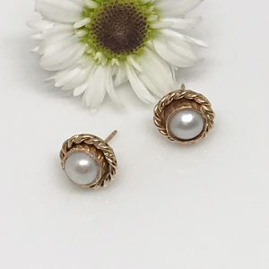 gold roped pearl earrings