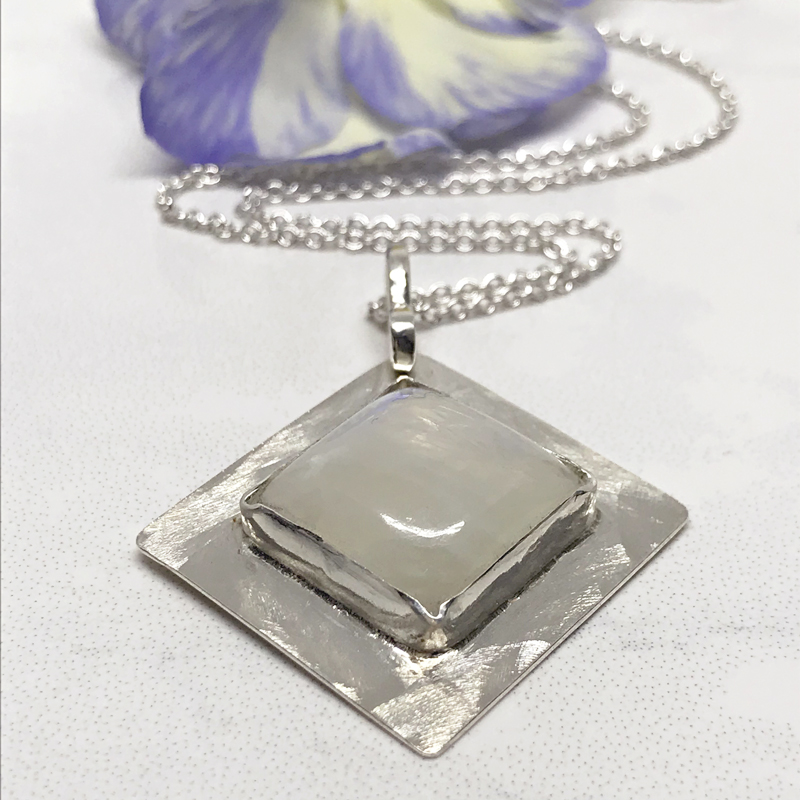 Silver-Moonstone-Necklace 779-13