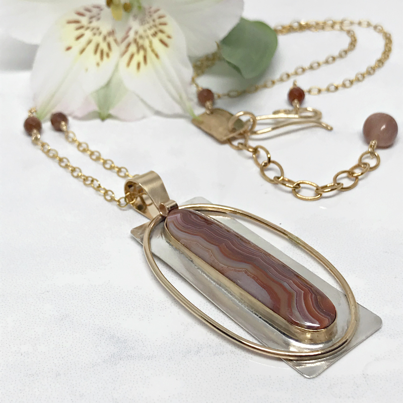 Mixed-Metal-Pendant-Necklace 299-3