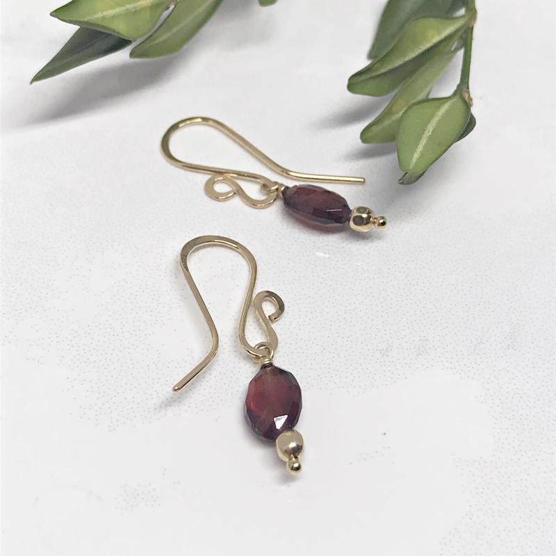 Garnet-Dangle-Earrings 816-5