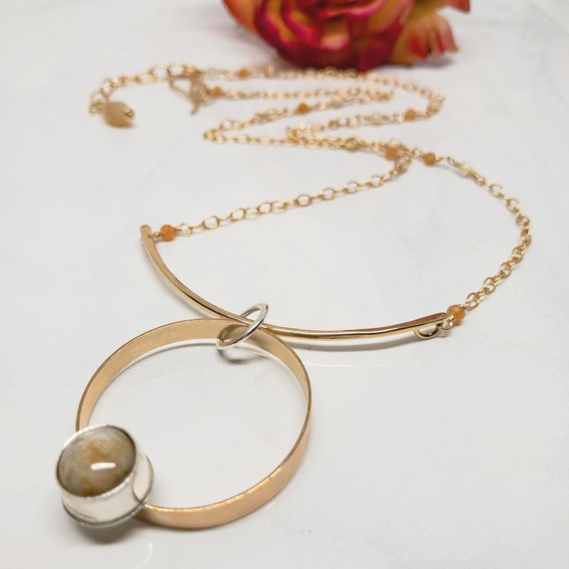 Sapphire-Solitaire-Necklace 810-5