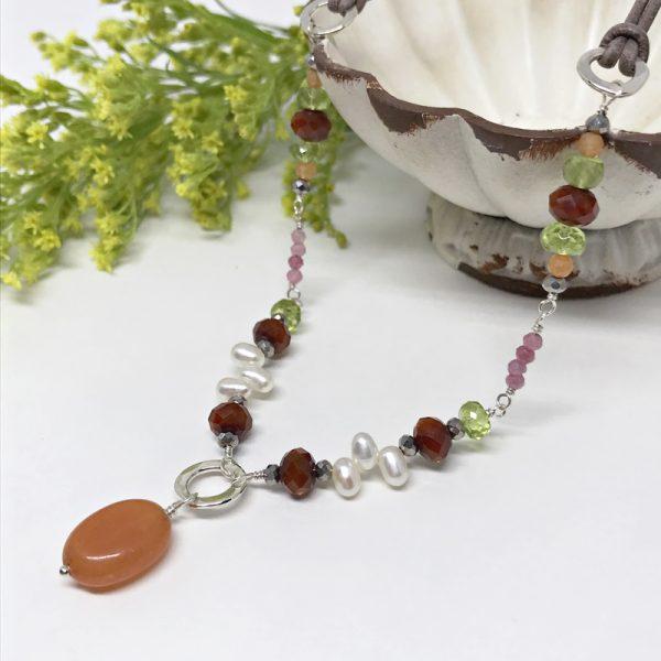 The-Daisy-Necklace