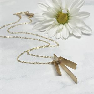 Gold-Pendant-Necklace