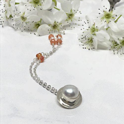 Carnelian-Pearl-Necklace 757 500 px