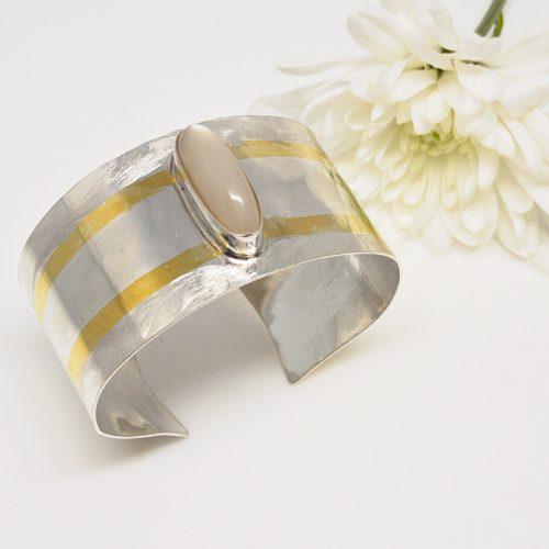 Moonstone-Cuff-Bracelet 795-500 px Image Carousel