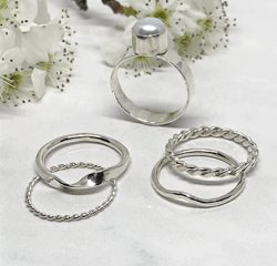 Silver-Stacking-Rings 759 250 px