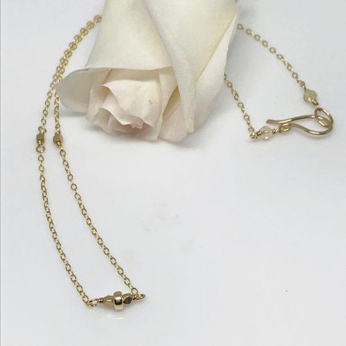 daintygoldbeadnecklace-614-600 px