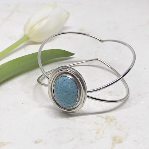 vintageturquoisebangle-679 500 px